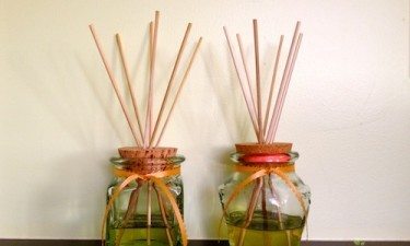 Homemade Reed Diffusers with Essential Oils