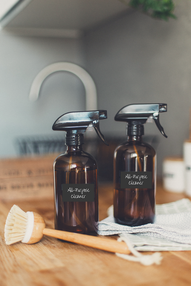 How to Make a Natural Air Freshener Spray That Actually